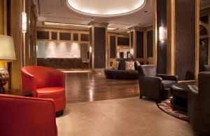 The lobby or reception area at DoubleTree Suites by Hilton Austin