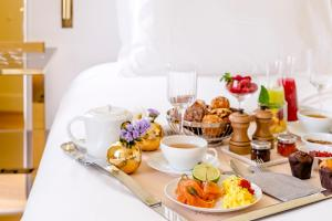 Breakfast options available to guests at 9Confidentiel