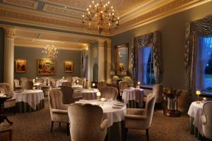 A restaurant or other place to eat at Grantley Hall