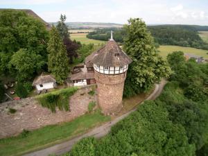 A bird's-eye view of Hotel Burg Trendelburg
