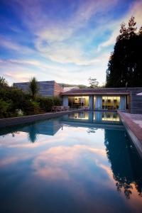 A piscina em ou perto de Furnas Lake Forest Living