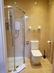 A bathroom at Atholl Villa Guest House