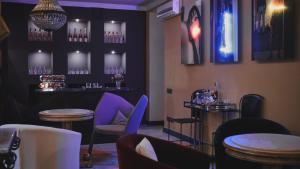 Restoranas ar kita vieta pavalgyti apgyvendinimo įstaigoje Vozdvyzhensky Boutique Hotel