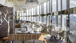 A restaurant or other place to eat at Hyatt Regency Paris Etoile