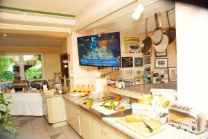 Ein Restaurant oder anderes Speiselokal in der Unterkunft Hotel Krauthof