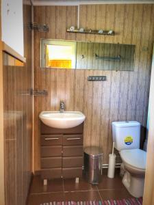A bathroom at Ella's House