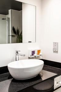 A bathroom at Bliss Hotel Southport