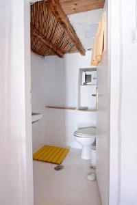 A bathroom at villa Clio Serifos