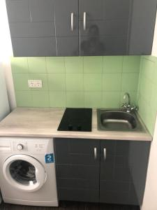 A kitchen or kitchenette at Room 13 km from Moscow