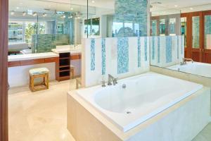 A bathroom at Aston at The Whaler on Kaanapali Beach