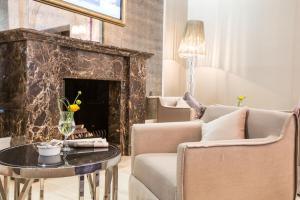 A seating area at Villa by RODINA Grand Hotel & SPA