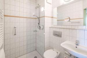 A bathroom at Quality Hotel Bielefeld