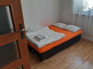 Łóżko lub łóżka w pokoju w obiekcie Euro-Room Rooms & Apartments
