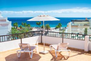 A balcony or terrace at Apartamentos las Góndolas