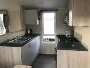 A kitchen or kitchenette at Turlin Valley