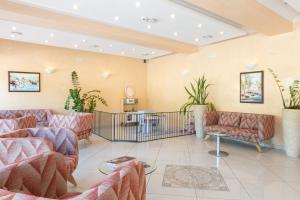 Lobby/Rezeption in der Unterkunft Hotel Tivoli