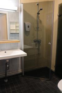 Ett badrum på Majatalo Onnela