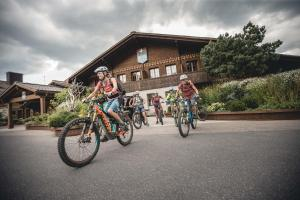 Biking at or in the surroundings of HUUS Gstaad