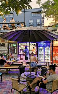 A restaurant or other place to eat at Here Hostel Bangkok