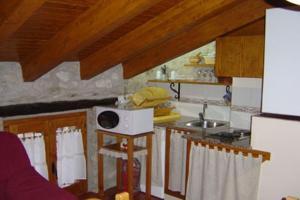 Una cocina o zona de cocina en Casa Enduella