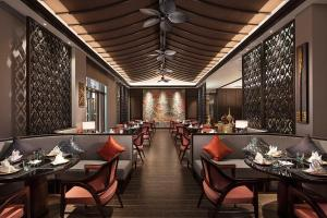 A restaurant or other place to eat at Wanda Realm Guangzhou Hotel