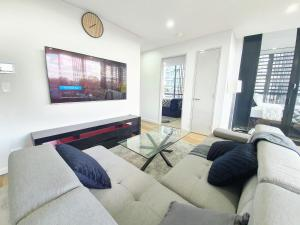 A seating area at New Presidential 3-bed 2-bath, pool, jacuzzi, sauna, gym included