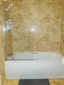 A bathroom at Clifton House