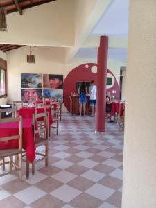 A restaurant or other place to eat at Pousada Brasita