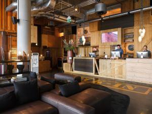 Vstupní hala nebo recepce v ubytování 25hours Hotel HafenCity