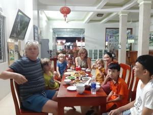 Gia đình lưu trú tại Paradise Hotel