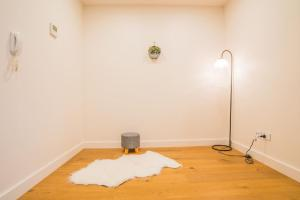 A bathroom at Serene Leichhardt 2bed2bath APT (Lewisham Station)