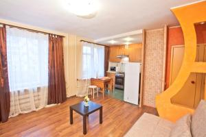 A seating area at Serviced Apartments Krasnopresnenskaya