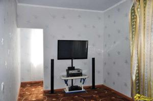 A television and/or entertainment center at Anesti Guesthouse