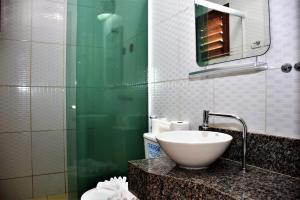 A bathroom at Pousada Kite Cabana