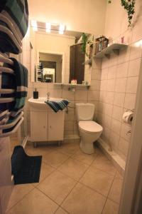 Ein Badezimmer in der Unterkunft Apartament-Studio