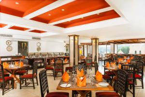 Restaurant o un lloc per menjar a Kandy City Hotel by Earl's