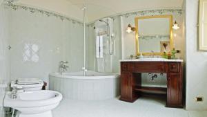 A bathroom at Casa Barone Agnello