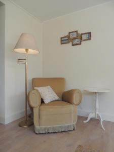 A seating area at Bed & Breakfast Het Zilte Zand - Westende - Middelkerke - De Kust