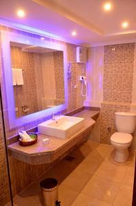 Ванна кімната в Sea Beach Aqua Park Resort