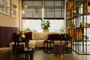 The lobby or reception area at Hotel Mirabell by Maier Privathotels