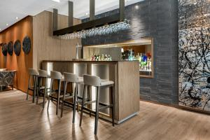 The lounge or bar area at AC Hotel General Alava