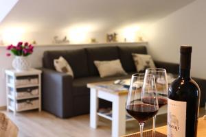 A seating area at Apartment Marina