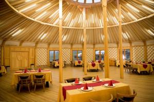 A restaurant or other place to eat at Terelj Star Resort