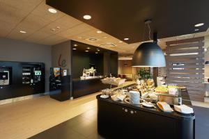 Restauracja lub miejsce do jedzenia w obiekcie Campanile Bydgoszcz