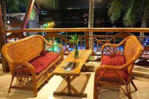A balcony or terrace at Green Ocean Koh Rong