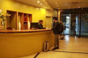 El vestíbulo o zona de recepción de Gala Hotel