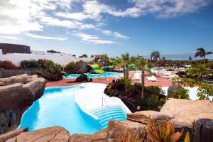 A view of the pool at Pierre & Vacances Village Fuerteventura OrigoMare or nearby