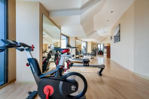 The fitness center and/or fitness facilities at AC Hotel Gran Canaria