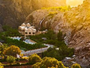 Uma vista aérea de Ma'in Hot Springs
