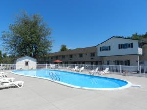 The swimming pool at or close to C-Way Resort
